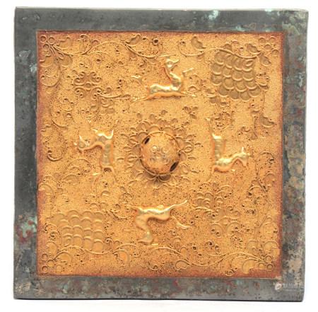 銅鑲鎏金掐絲花卉珠地瑞獸方鏡