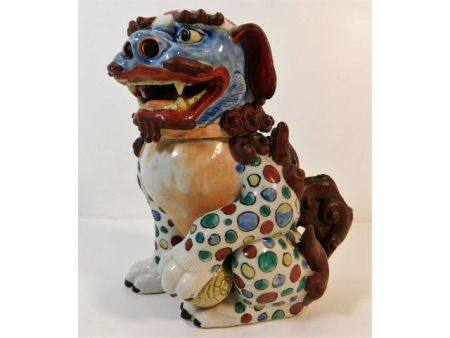 A 19thC. Chinese lidded censer depicting foo dog,