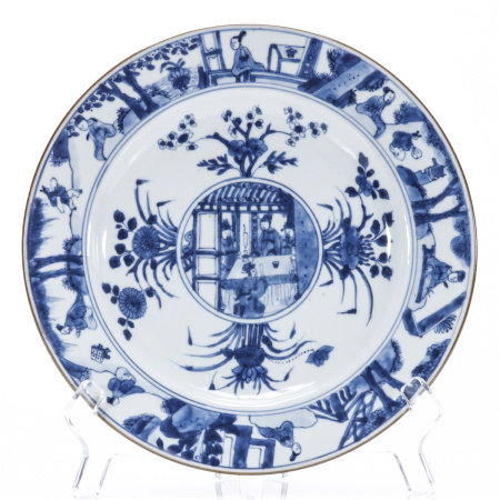 A blue and white flower and figure porcelain plate