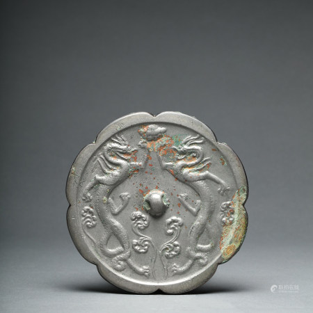A Double Dragons Mirror Tang Dynasty