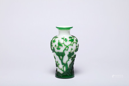 A Chinese Green Overlay White Peking Glass Bottle Vase
