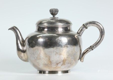Japanese Hammered Silver Teapot & Cover; 436G