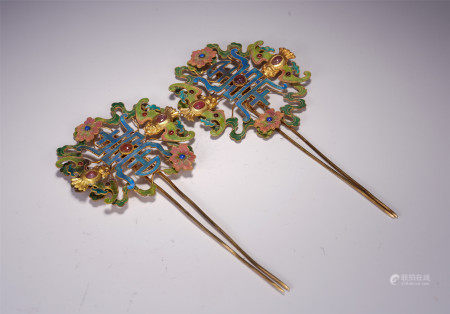 A PAIR OF CHINESE PURE SILVER FILIGREE INLADE GEMSTONES HAIRPIN ORNAMENTS