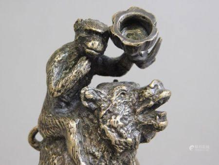 Christophe FRATIN (1801-1864) - Ours et singe à la coupe Bronze à patine médaille [...]