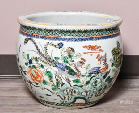 Wucai 'Phoenix Wearing Peony' Large Jar, Qing