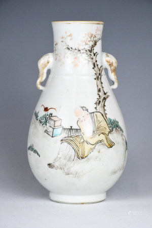 A Chinese Famille Rose Double Ear Vase,19th C