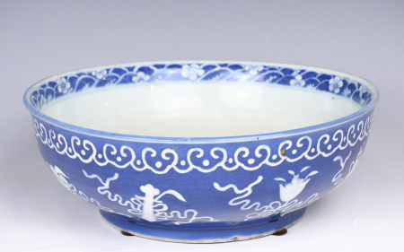 A Blue and White Antique Motif Bowl,QiangLong Mark
