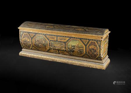 Coffre en sapin peint en forme de sarcophage, à décor d'armoiries, scènes [...]