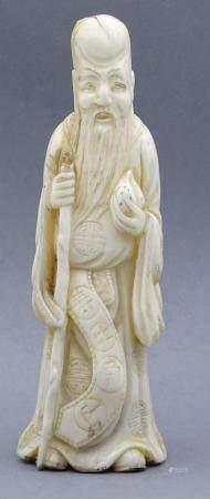 chin. Figur eines Weisen, Beinschnitzerei um 1900