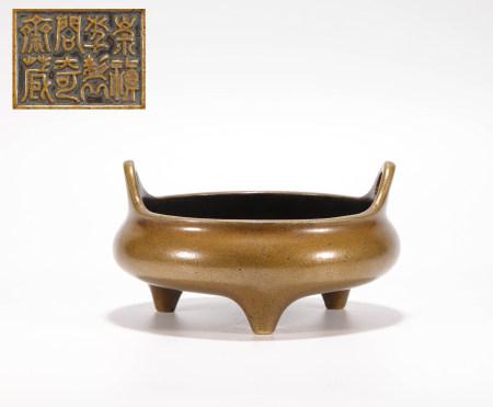 明代铜制双耳炉