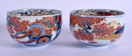 A PAIR OF 18TH CENTURY JAPANESE EDO PERIOD IMARI BOWLS painted with foliage and landscapes. 8.25 cm