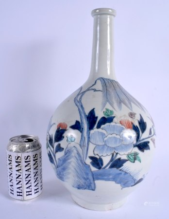 A LARGE 17TH/18TH CENTURY JAPANESE EDO PERIOD BOTTLE FORM VASE painted with bold floral sprays and v
