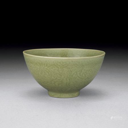 明初 龍泉窯青瓷花卉紋鉢