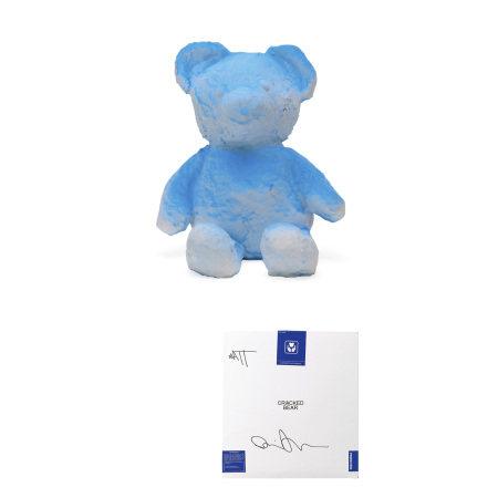 Daniel Arsham 丹尼爾.阿爾軒 Cracked Bear (Blue) with artist signature 藍色破裂熊·簽名