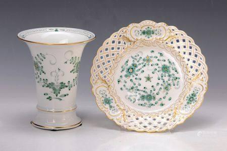 Vase und Dessertteller, Meissen, 60er Jahre, Porzellan, grüne indische Malerei, [...]