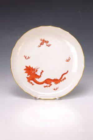 Große Vase und Kuchenteller, Meissen, Mitte 20. Jh., Vase mit grünem Ming-Drachen, [...]