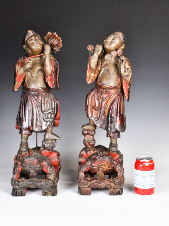 Two Wood Carved Gilt Immortals of Harmony,17-18th C.