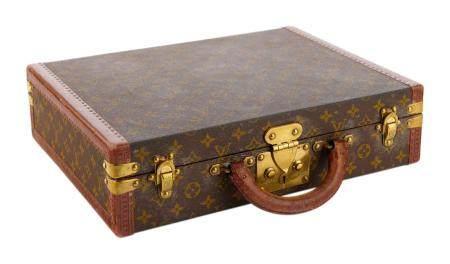 LOUIS VUITTON Avenue Marceau n° 877464. Petite valise en toile monogram, bordures en cuir lozin