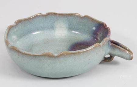 Seladon-Schale / A seladon bowl, China, wohl Yuan-Dynastie