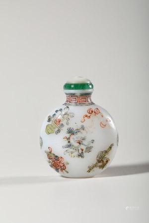 Chinese Enameled White Glass Snuff Bottle