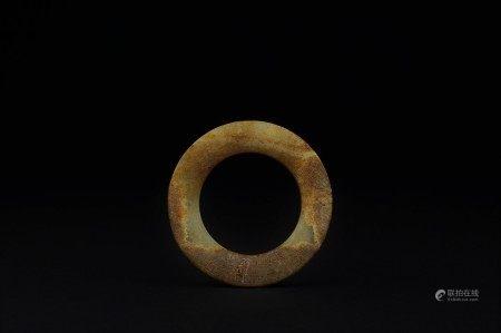 東周 玉雲紋環