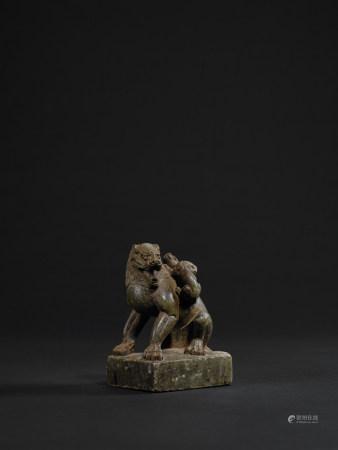 唐 豹斑石獅