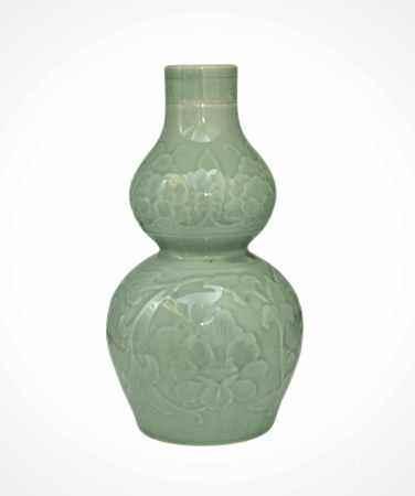 70年代  青釉剔花葫蘆瓶
