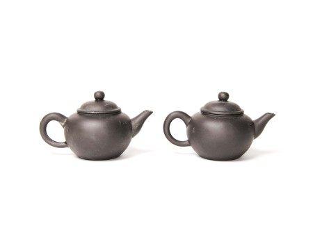 文革時期-「中國宜興」款黑鐵砂壺兩把