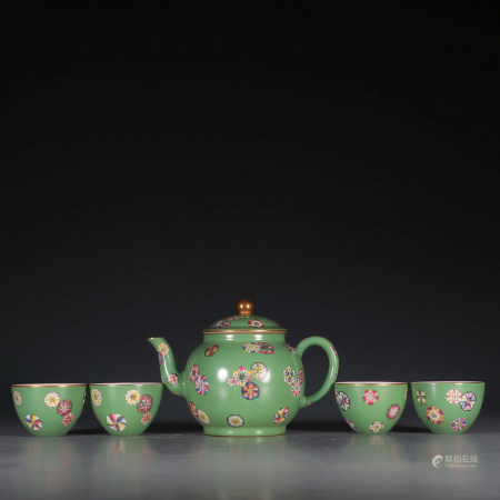Chinese Famille Rose Tea Pot And Cups