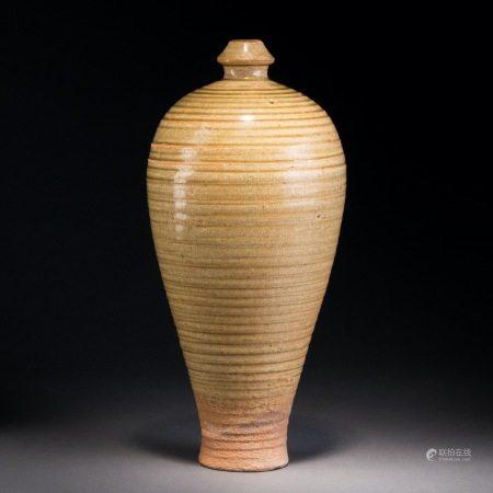 宋 青瓷弦紋梅瓶