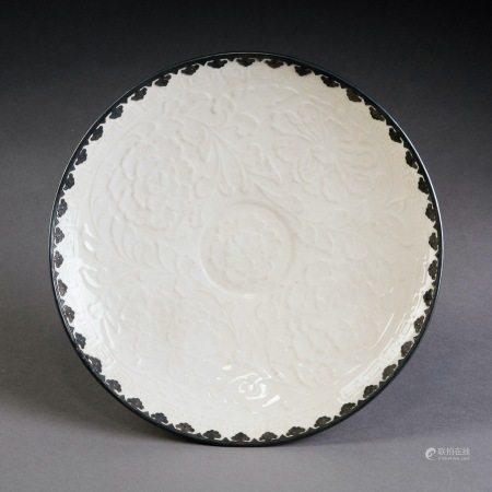 定窯包銀印花盤