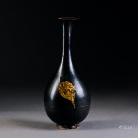 宋 吉州窯雙葉長頸瓶