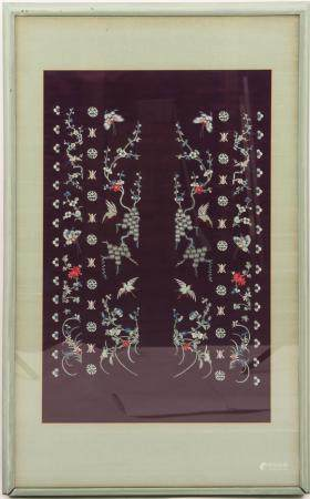 CHINESE EMBROIDERED SILK FRAMED TAPESTRY