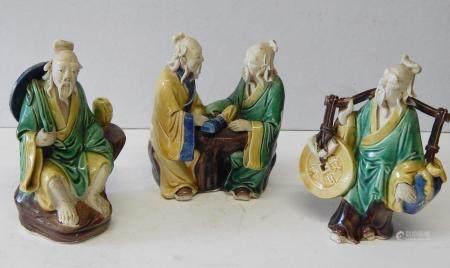 lot mixte 3 figurines entièrement en plastique, céramique, émaillé, haut environ 13 cm, Chin