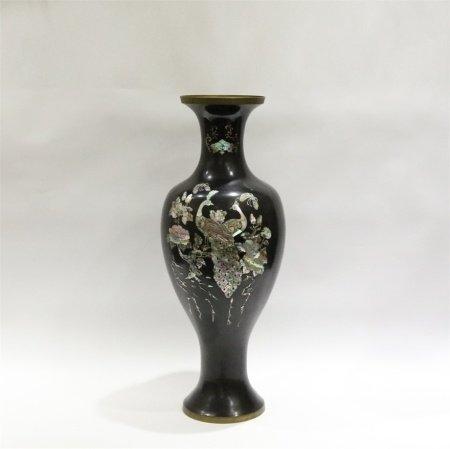 清代 铜胎大漆嵌螺钿大瓶