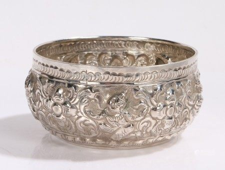 Middle Eastern silver bowl, with embossed deity and foliate decoration, 10cm diameter, 2.6oz