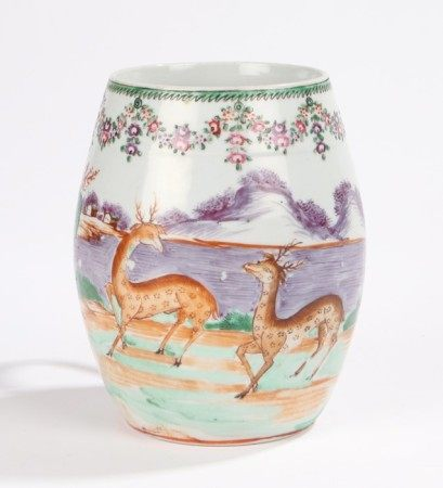 Chinese Qianlong period export mug, decorated with two stags in a river landscape with houses in the