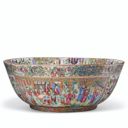 A MASSIVE 'CANTON FAMILLE ROSE' PUNCH BOWL FIRST QUARTER 19TH CENTURY