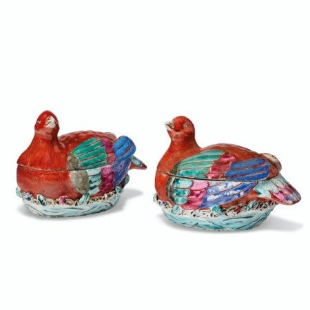 A PAIR OF FAMILLE ROSE NESTING BIRD BOXES AND COVERS QIANLONG PERIOD (1736-1795)