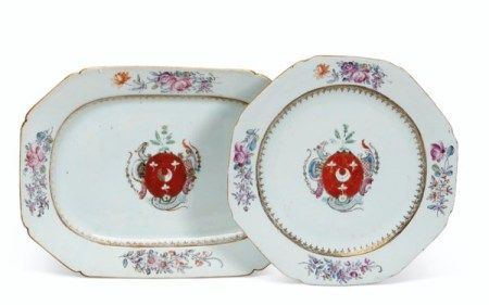 AN ENGLISH MARKET ARMORIAL 'MISTAKE' PLATTER AND PLATE CIRCA 1775