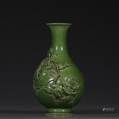 Green glaze carving flower bird jade pot 绿釉雕刻花鸟玉壶春