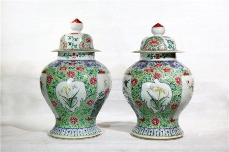 A pair of powder enamel vase with lotus design 粉彩开窗缠枝莲纹将军罐一对
