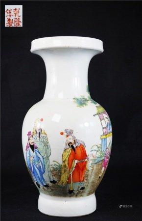 Powder enamel character story with olive bottle 粉彩人物故事橄榄瓶