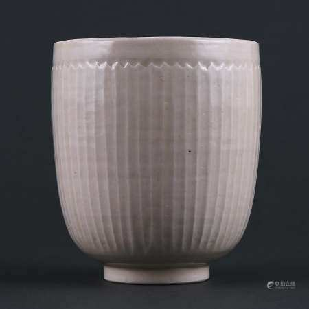 Song Ding kiln white glaze carved striped deep belly