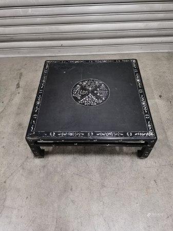 鏍鈿鑲嵌四方桌