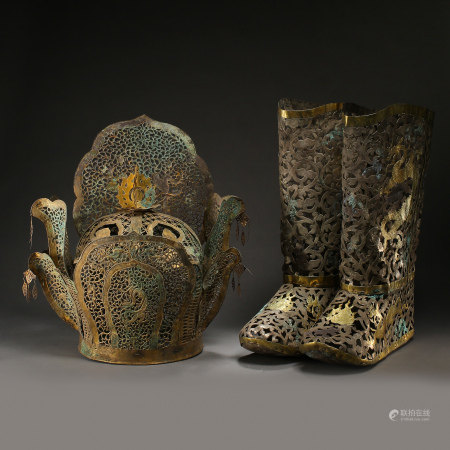 A SET OF SILVER GILT DRAGON AND PHOENIX BOOTS, CROWN, LIAO OR JIN PERIOD, CHINA