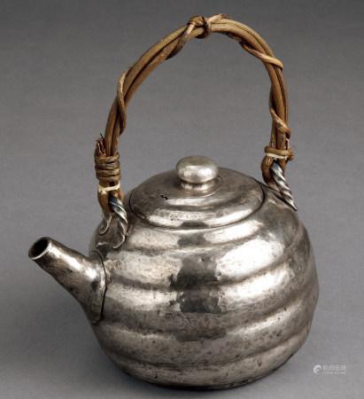 纯银土瓶型壶