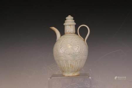 A chinese wine pot