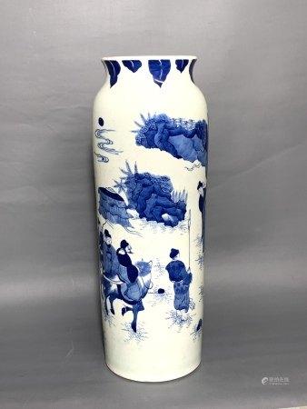 A BLUE & WHITE 'figural' VASE. KANGXI, QING DYNASTY.