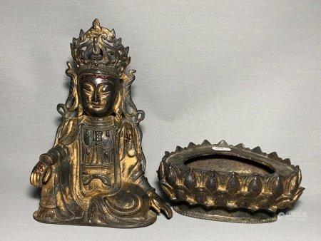 A GILT-BRONZE FIGURE OF BUDDHA. MING DYNASTY.